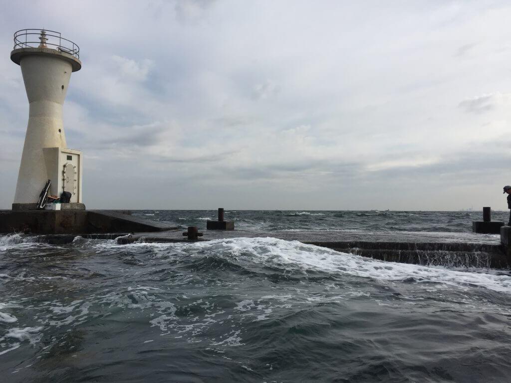 野島の沖堤防
