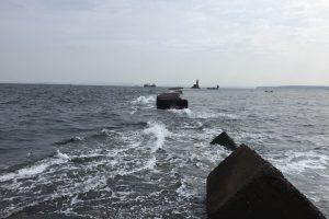 野島沖堤防 はなれから赤灯