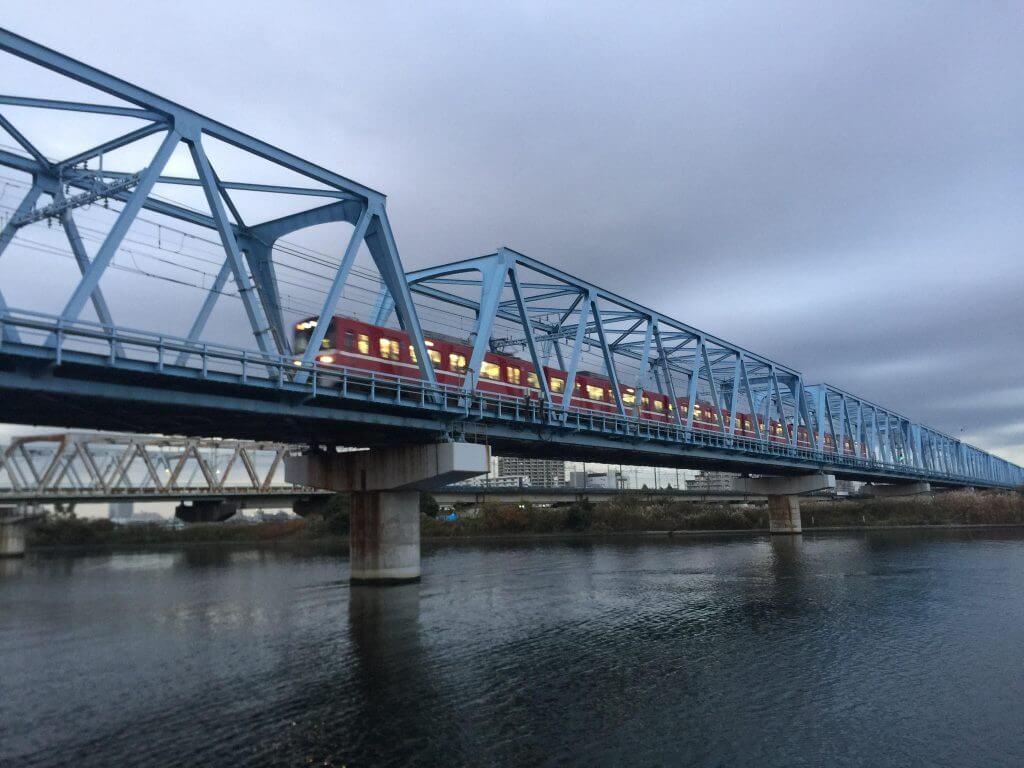 多摩川京急線