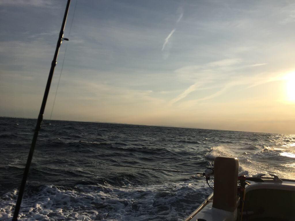 相模湾と朝日