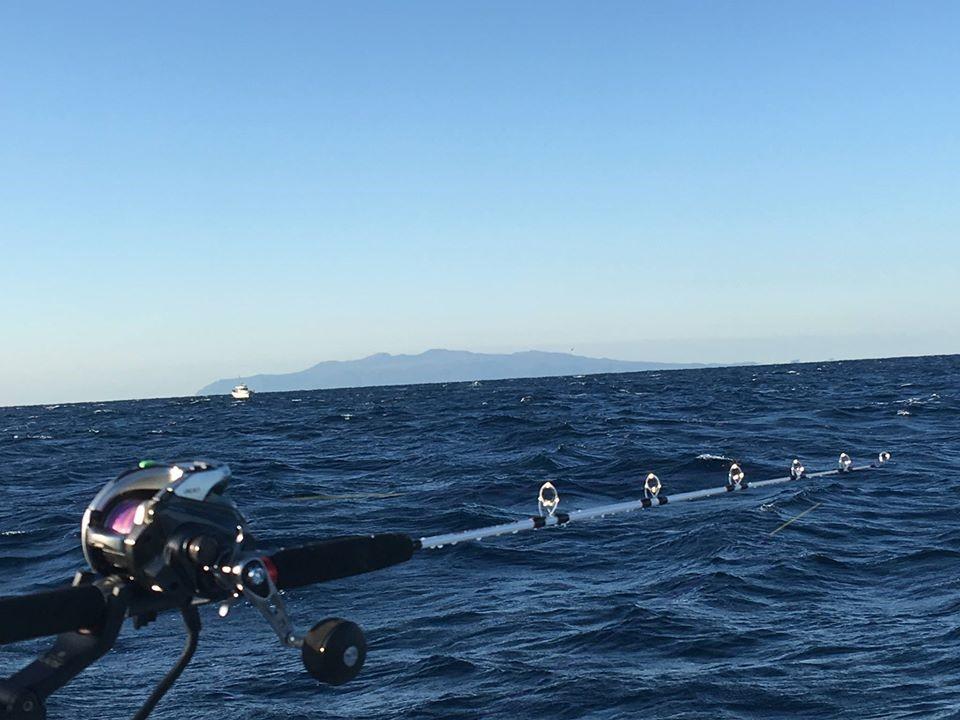洲崎沖から見た伊豆大島