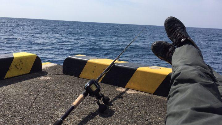 元町港でぶっこみ釣り