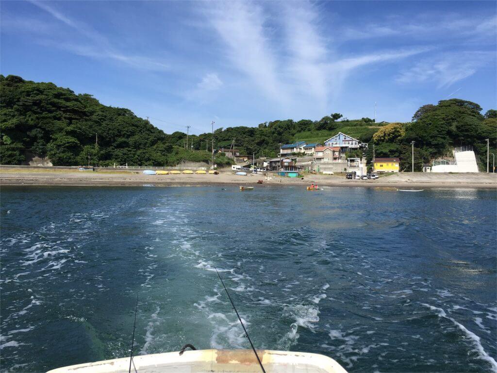 三浦半島金田湾 手漕ぎボート 釣り 引き船