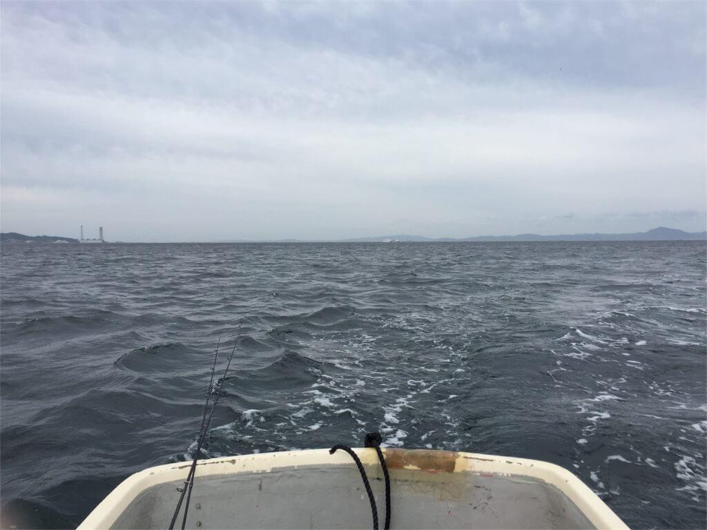 三浦半島金田湾 手漕ぎボート 釣り アンカー切断