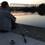 釣り初心者すがやんが多摩川うなぎをペットボトル仕掛けで釣る!?【俺たちの釣り公式戦】