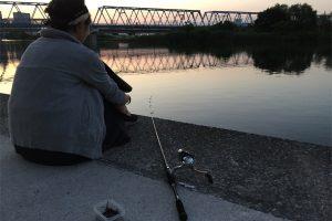 多摩川 ウナギ釣り ペットボトル仕掛け すがやん