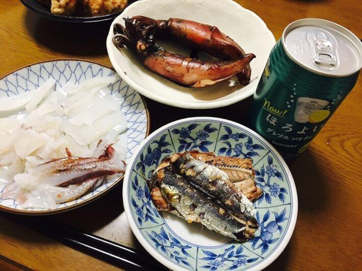 釣ったスルメイカとウルメイワシの料理