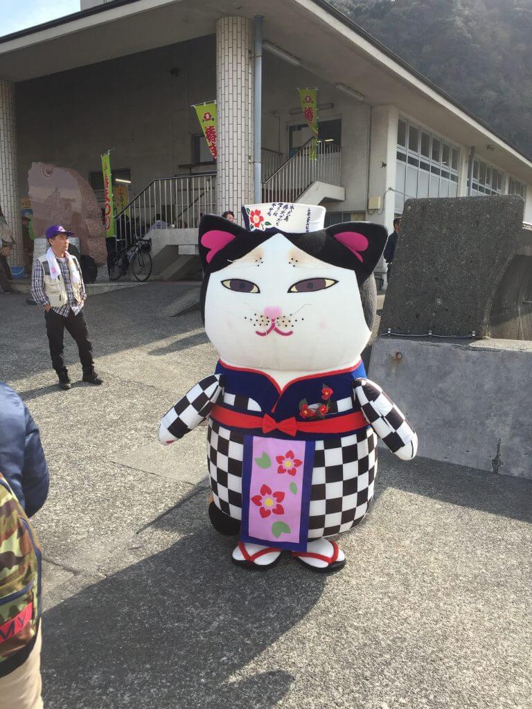 伊豆大島のゆるキャラあんこ猫
