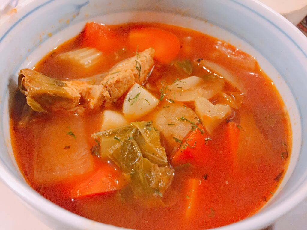 三浦サバと旬野菜のトマトスープ