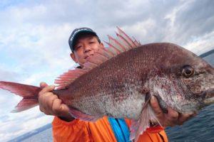 能登内浦 真鯛 大きい ライトフカセ