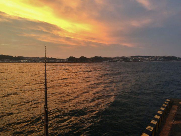 夕暮れの釣り