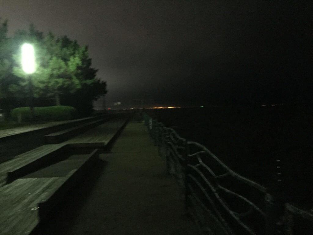 横須賀市 海辺つり公園 夜