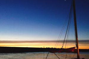 平塚漁港の夜明け