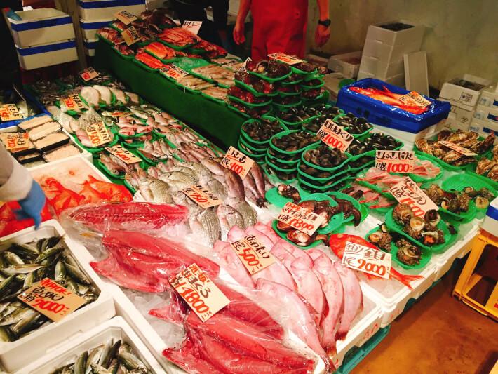 三崎港朝市 鮮魚