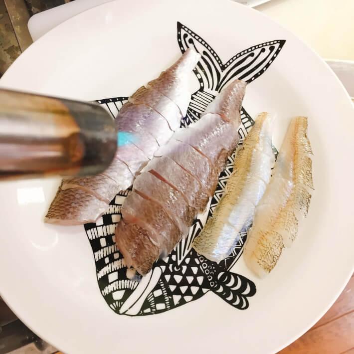 釣り料理 イシモチとキスを炙る