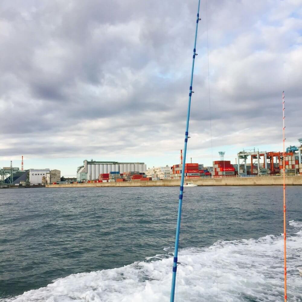 釣り船からの風景(扇島)