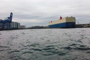 横浜港(本牧)