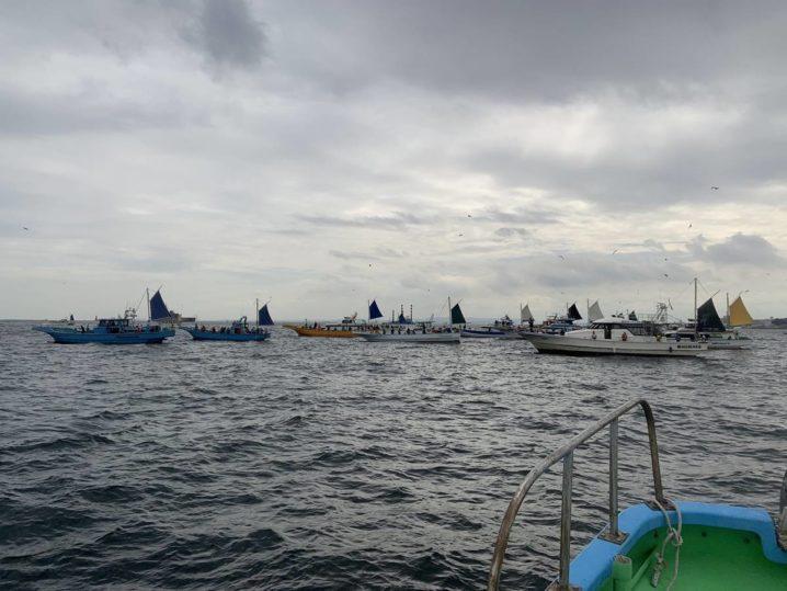 タチウオ船団 横須賀追浜沖