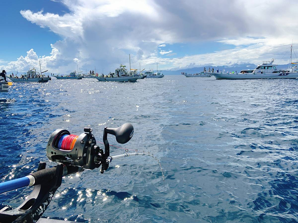 相模湾キハダマグロ・カツオ釣り風景